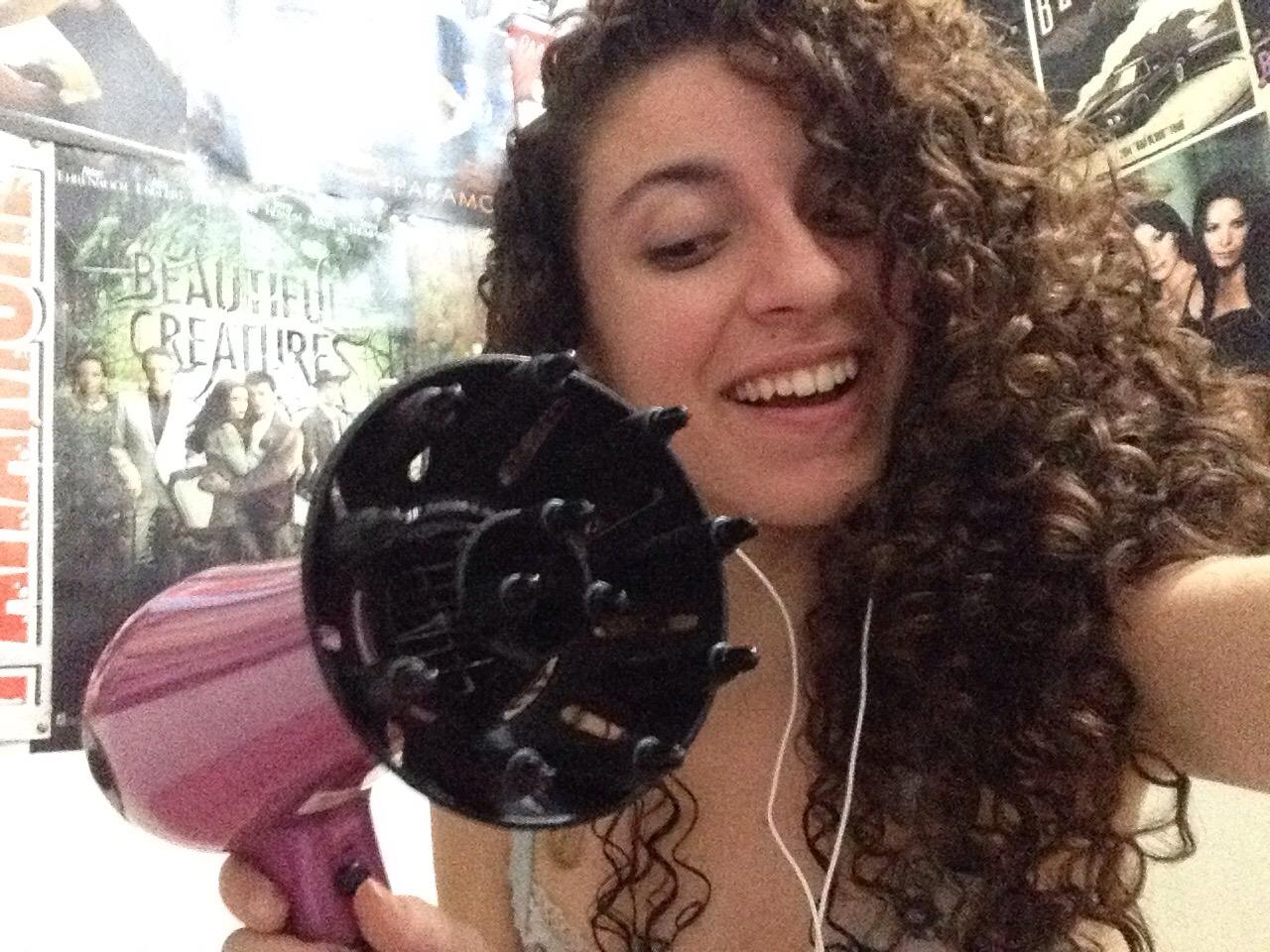 Secando o cabelo com difusor: Volumão - Rotina 25/11/2015
